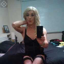 Transvestites in Northern Ireland Free NI Trannys Sex Contacts