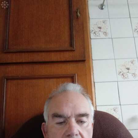 Tuam, Ireland: I am 5ft 9 looking for a girl who is adventurous